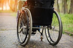 Инвалидная-коляска-специальная